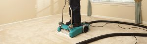 carpet cleaning machine with technician